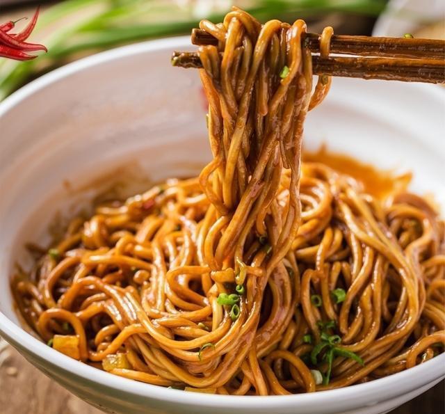 武漢の朝食文化と熱干面